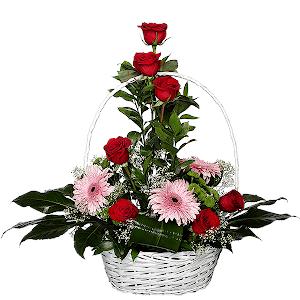 Изысканный комплимент +30% цветов с доставкой в Москве