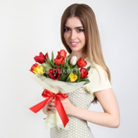 Весенние букеты на 8 марта в Москве
