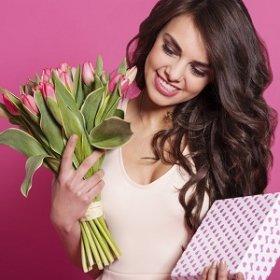 ТОП-10 подарков девушке на 8 марта