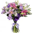 Букет из орхидеи и фрезии