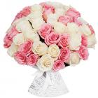 Букет из 51 белой и розовой розы